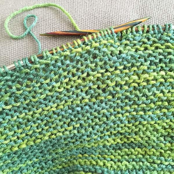 4 - Stricken: Wolle, Nadeln und Sets