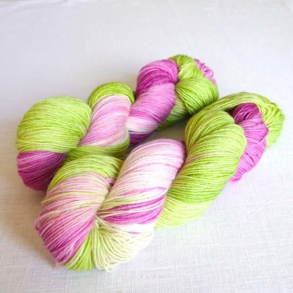 Sockenwolle Apfelbluete