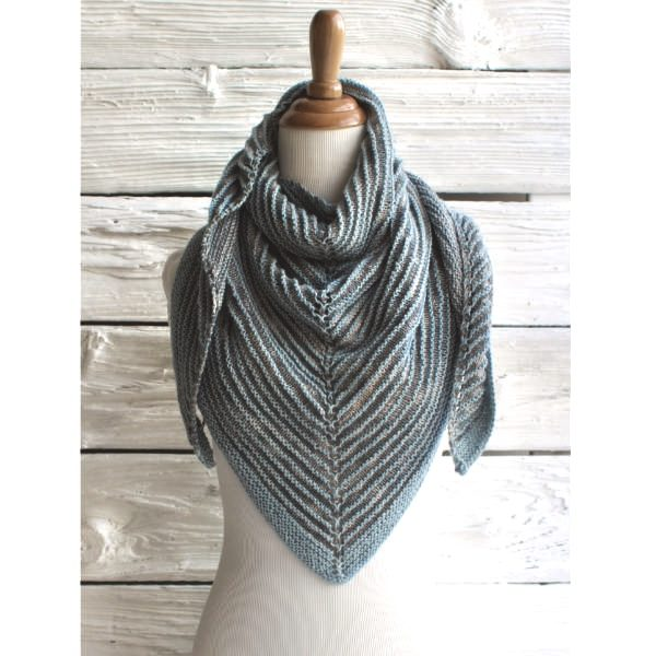 Manos Shadow Shawl