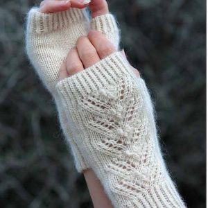 baa ram ewe january mitts