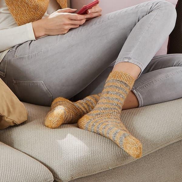 Socken mit Perlmuster – Strickkit mit Premium Alpaka Soft